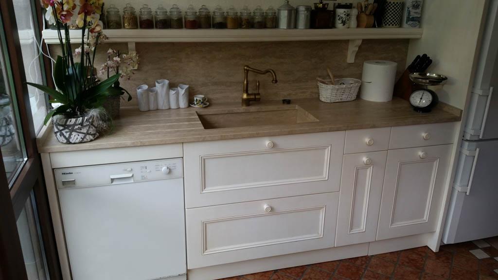 Cucine su misura il quadrangolo - Laccatura cucina rovinata ...
